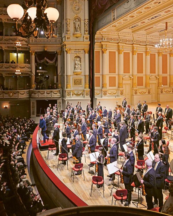 Christian Thielemann und die Sächsische Staatskapelle Dresden in der Semperoper