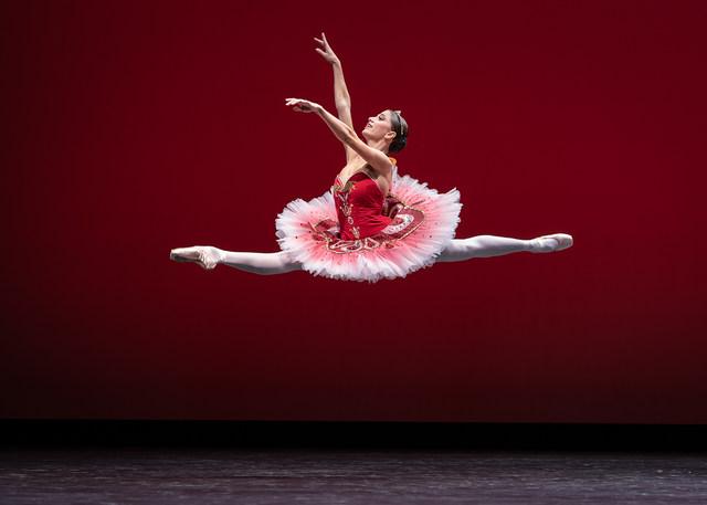 »Paquita Variation«/»We will dance« © Semperoper Ballett/Ian Whalen