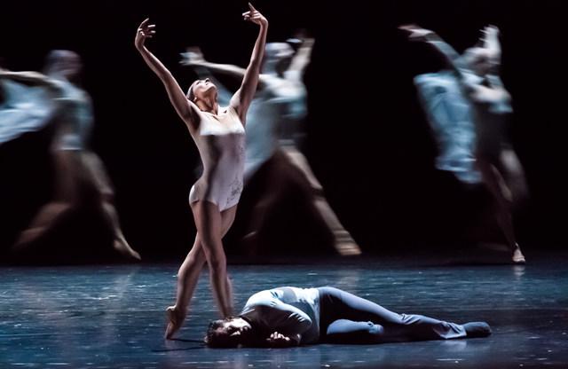 11 Giselle Courtney Richardson Fabien Voranger Ensemble c Ian Whalen IMG 2687