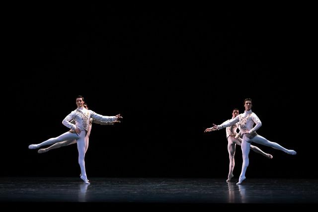 »Raymonda Variation«/»We will dance« © Semperoper Ballett/Ian Whalen