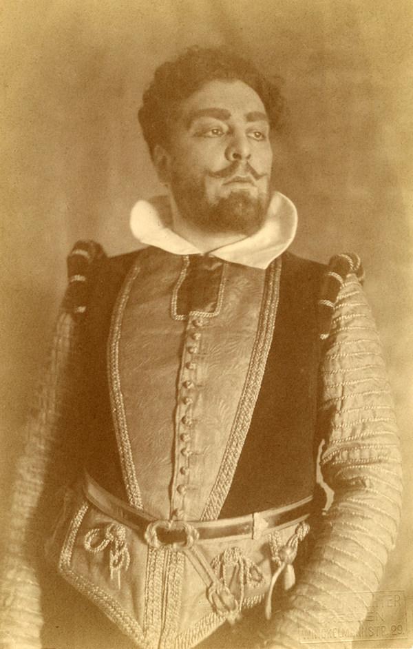 Fotoaufnahme Robert Burg als Don Giovanni
