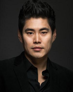 Robin Yujoong Kim