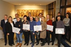 Gruppenbild von Kolleg*innen der Semperoper Dresden und ihrer Partnerschulen