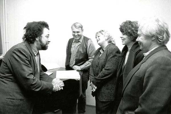 Während einer Probe von »Die Frau ohne Schatten«, Premiere am 17. November 1996, Giuseppe Sinopoli mit Hans-Joachim Ketelsen, Deborah Voigt, Hanna Schwarz und Heinz Kruse