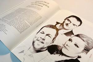 Aufgeblätterte Doppelseite des Semper-Magazins der Semperoper Dresden