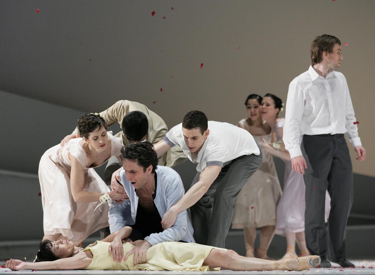 05 Giselle Yumiko Takeshima Raphael Coumes Marquet Ensemble c Costin Radu 0518